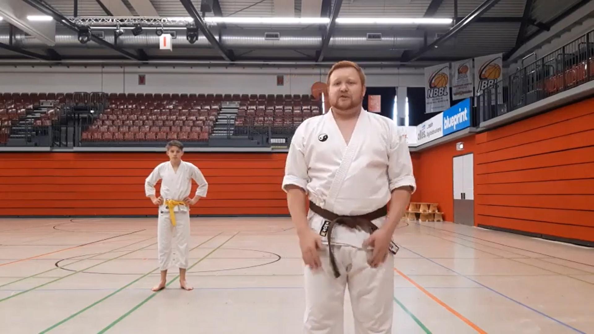"""Karate für's """"Home-Office"""""""